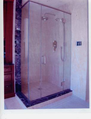 Three Reasons Why Glass Shower Doors Are Great To Have